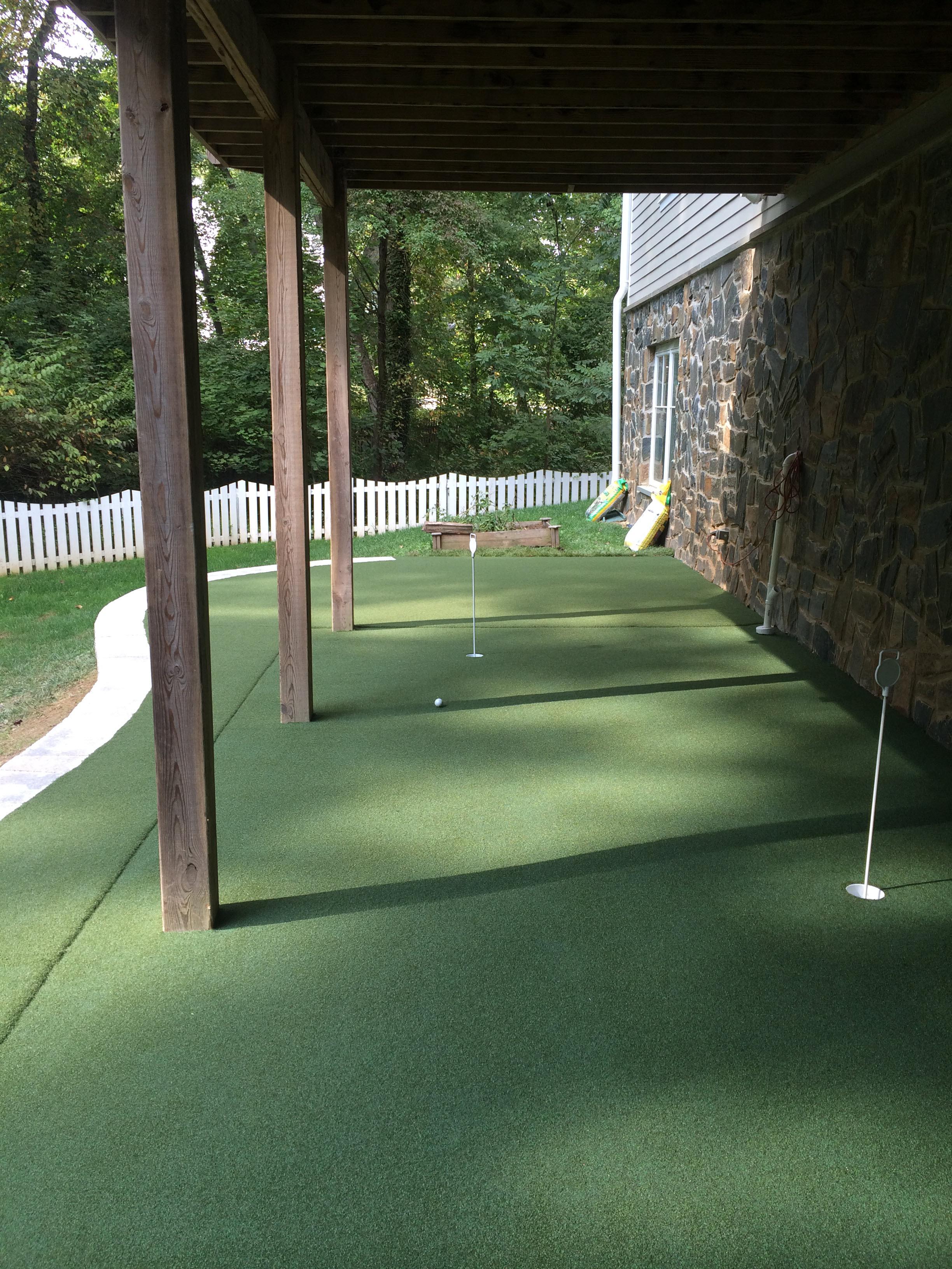 backyard putting greens putting green turf installation